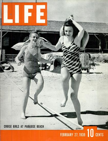 Cruise Girls at Paradise Beach 27 Feb 1939 Copyright Life Magazine | Life Magazine BW Photo Covers 1936-1970