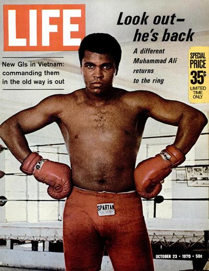 Muhammad Ali vs Oscar Bonavena 23 Oct 1970 Copyright Life Magazine | Life Magazine Color Photo Covers 1937-1970