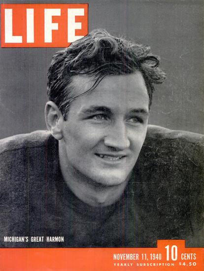 Thomas Dudley Harmon Football 11 Nov 1940 Copyright Life Magazine | Life Magazine BW Photo Covers 1936-1970