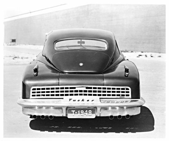 Tucker 48 1948 Back | Vintage Cars 1891-1970